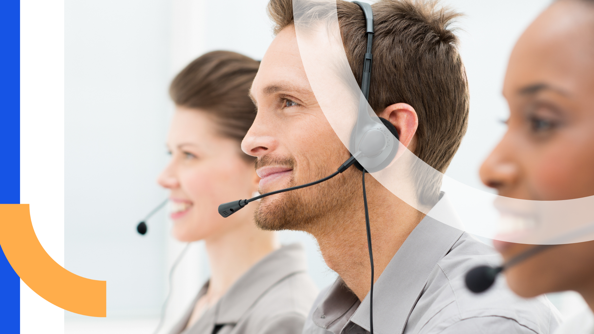 Contact center agents leveraging voice and video to drive an omnichannel customer experience.