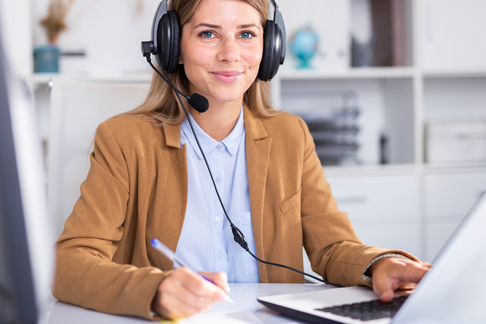 remote contact center agent working from home offer